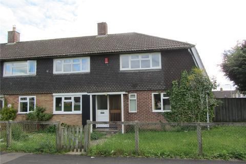 4 bedroom end of terrace house to rent - Paddock Road, Basingstoke, Hampshire, RG22