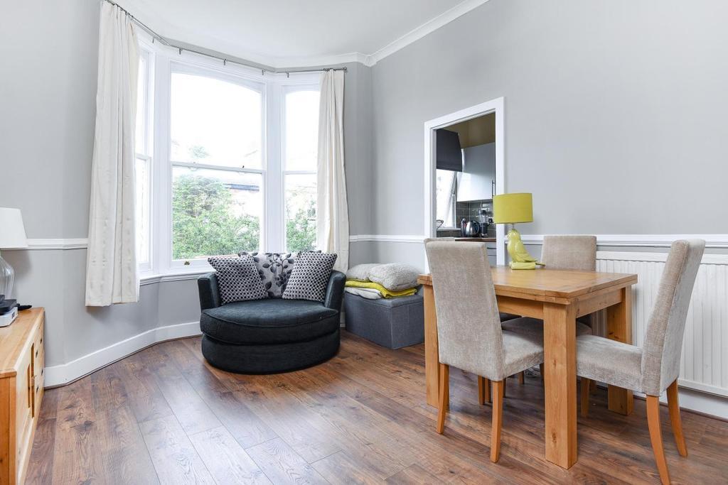 1 Bedroom Flat for sale in Endlesham Road, Balham
