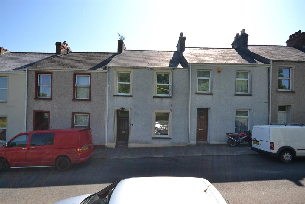 3 Bedrooms Terraced House for sale in Park Street, Pembroke Dock