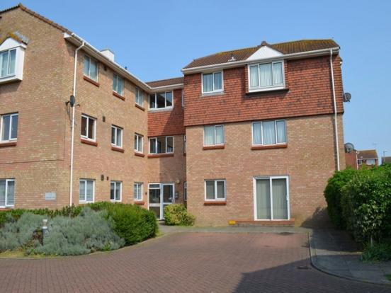 2 Bedrooms Flat for sale in Waltham Close, Thanet, Kent, Margate CT9