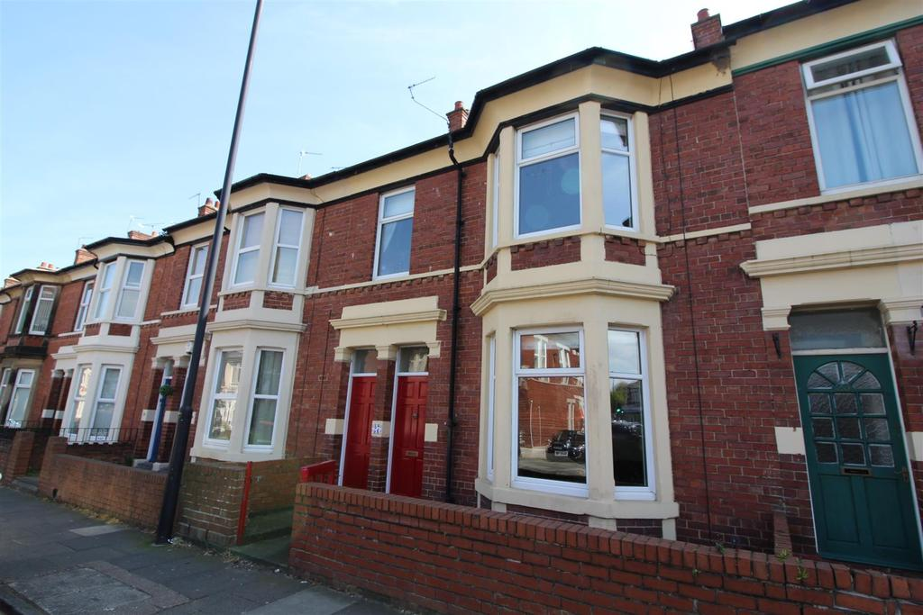 3 Bedrooms Terraced House for sale in Trevor Terrace, North Shields
