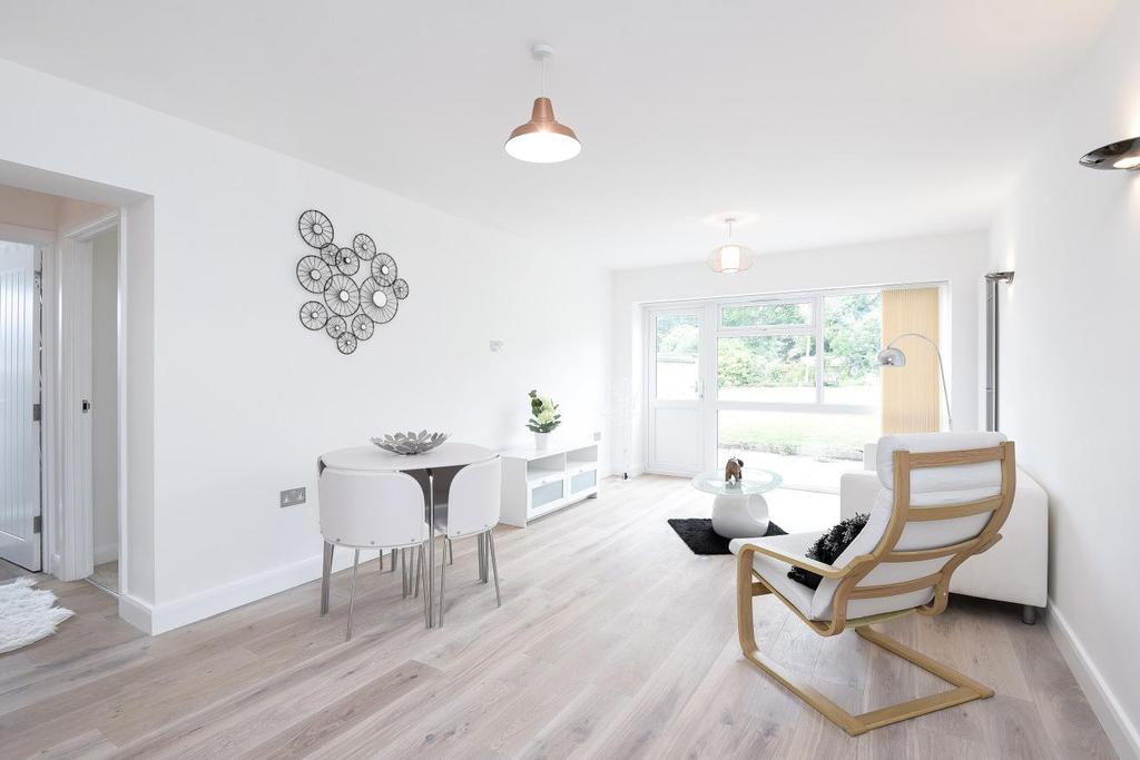 2 Bedrooms Flat for sale in Eversley Park Road, Winchmore Hill