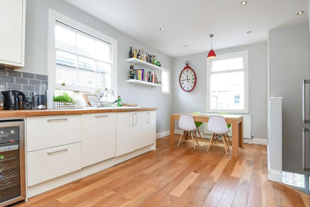 3 Bedrooms Flat for sale in Renmuir Street, Tooting, SW17