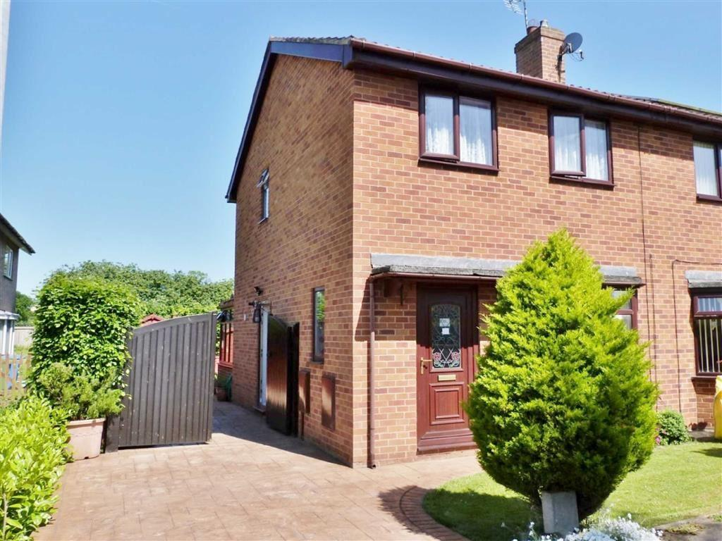 3 Bedrooms Semi Detached House for sale in Springfield Road, Pocklington