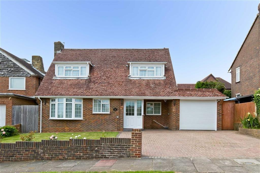 3 Bedrooms Detached House for sale in Whitethorn Drive, Brighton, East Sussex