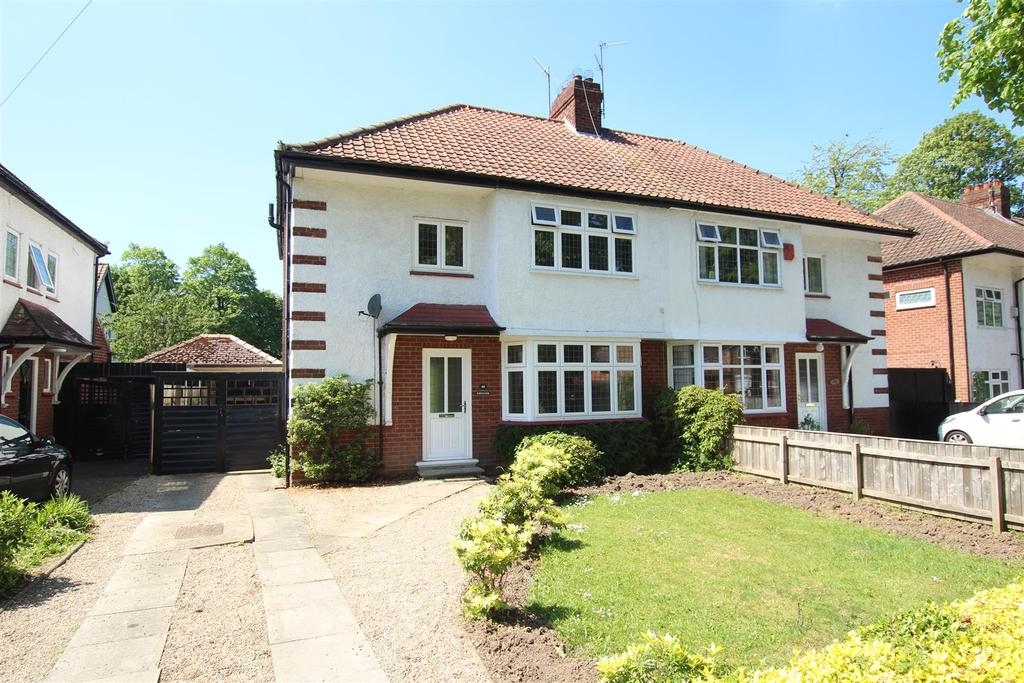 3 Bedrooms Semi Detached House for sale in Carmel Road South, Darlington