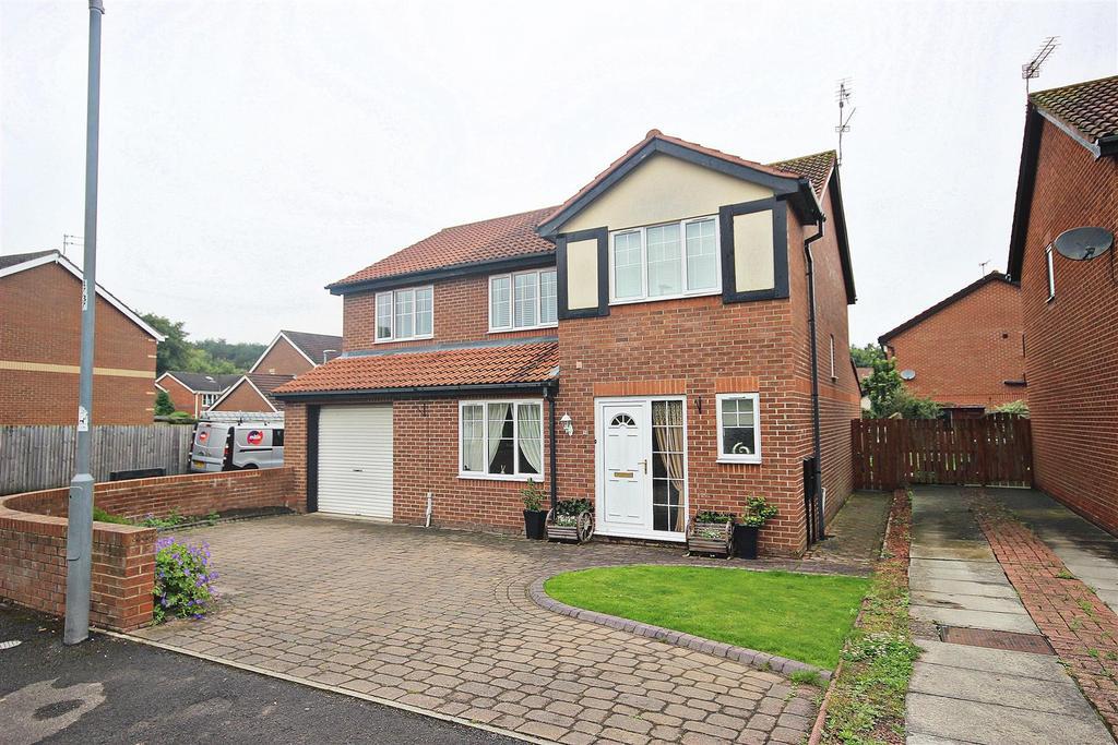 4 Bedrooms Detached House for sale in Relley Garth, Langley Moor, Durham
