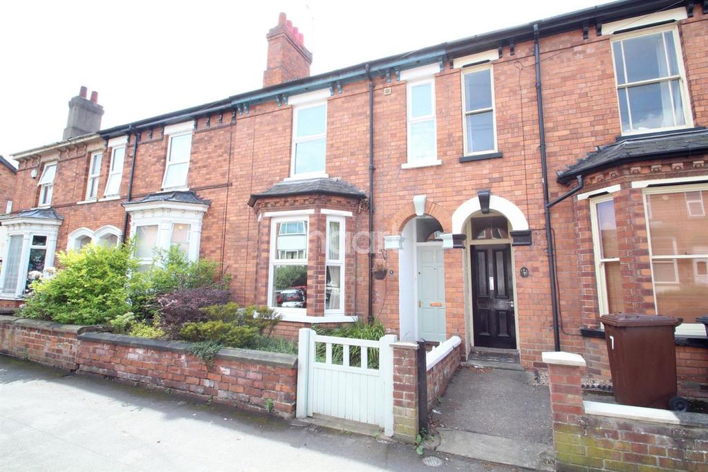 3 Bedrooms Terraced House for sale in Richmond Road, Lincoln