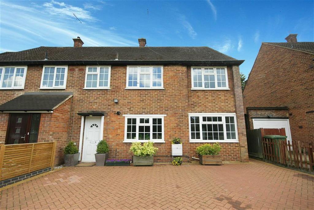 4 Bedrooms House for sale in Holland Close, New Barnet, Hertfordshire