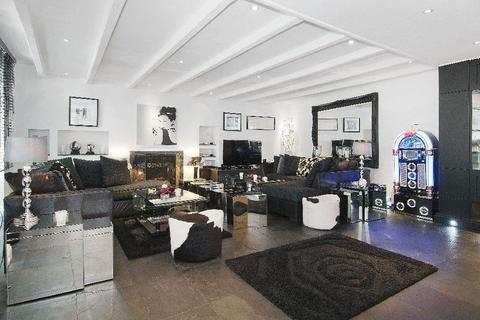 4 bedroom house to rent - Lower Terrace, Hampstead Village, London, NW3
