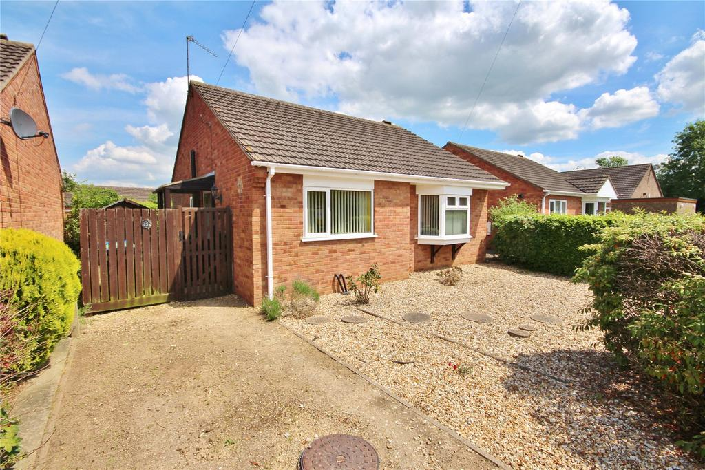 2 Bedrooms Detached Bungalow for sale in Spring Court, Welton, LN2