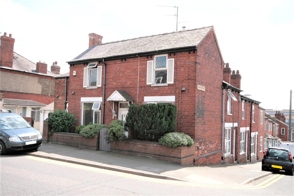 3 Bedrooms Semi Detached House for sale in Monks Road, Lincoln, LN2