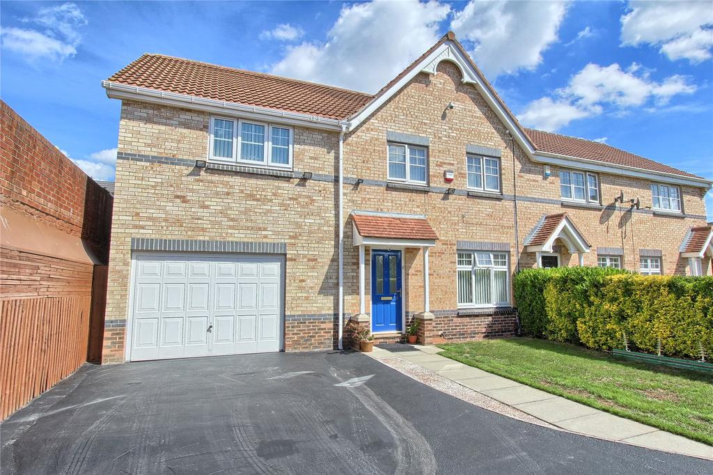 4 Bedrooms Semi Detached House for sale in The Turnstile, Linthorpe