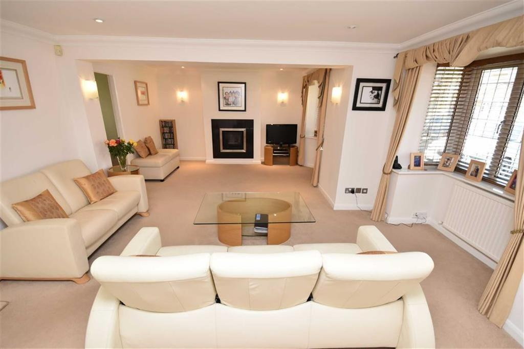 4 Bedrooms Detached House for sale in Dorset Gardens, West Bridgford