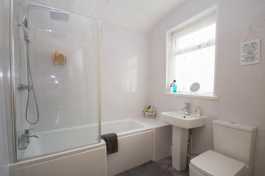 2 Bedrooms End Of Terrace House for sale in Lord Street, Barrow-In-Furness