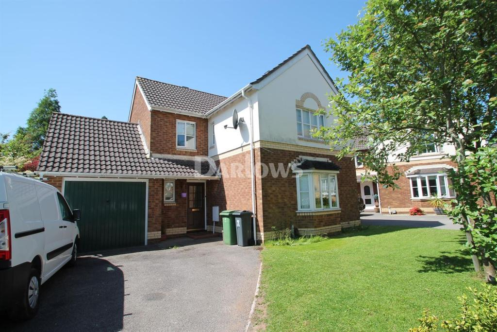 4 Bedrooms Detached House for sale in Allen Close, Old St Mellons, Cardiff