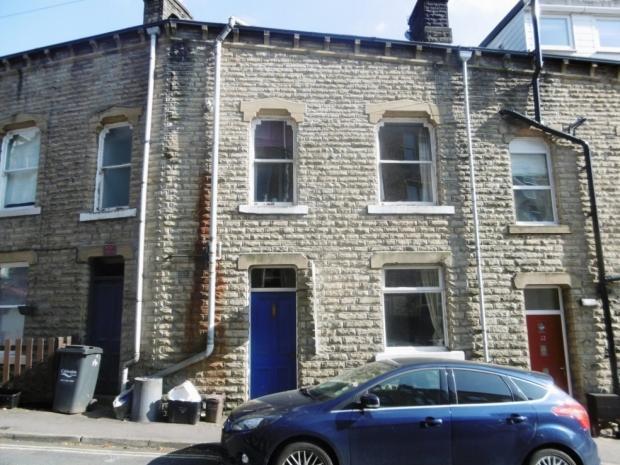 3 Bedrooms Terraced House for sale in Hangingroyd Road Hebden Bridge