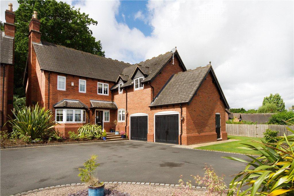 5 Bedrooms Detached House for sale in Heather Drive, Kinver, Stourbridge, Staffordshire, DY7