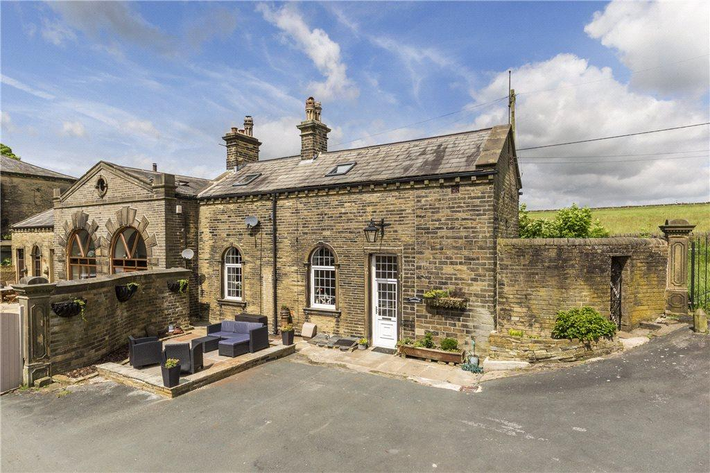 2 Bedrooms Barn Conversion Character Property for sale in Denholme, Bradford, West Yorkshire
