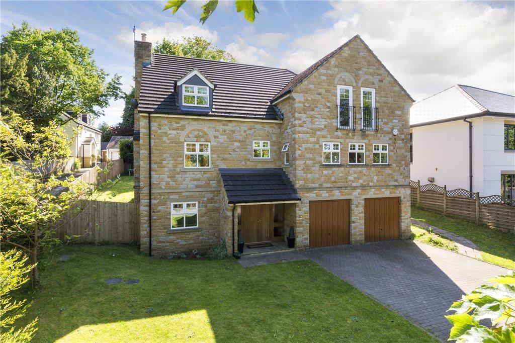 5 Bedrooms Detached House for sale in Dyneley Grange, Bramhope, Leeds, West Yorkshire