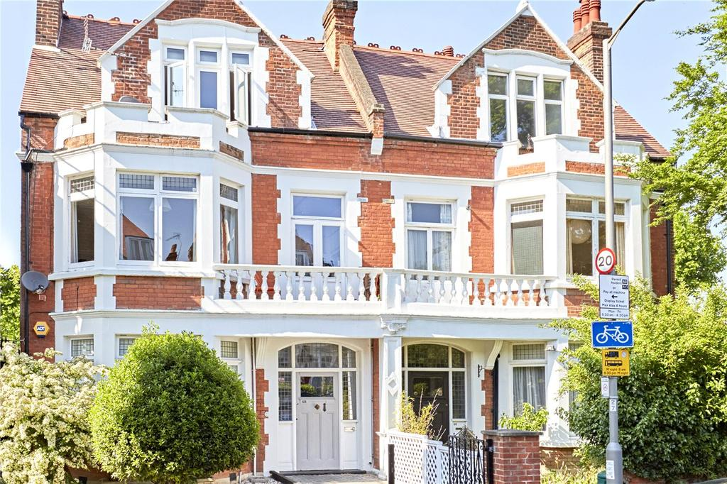 3 Bedrooms Flat for sale in Hazlewell Road, London, SW15