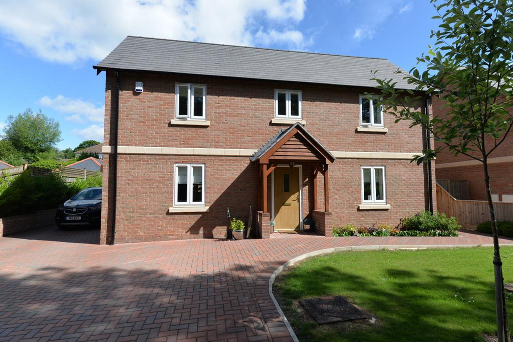 4 Bedrooms Detached House for sale in Spring Lane, Ashley