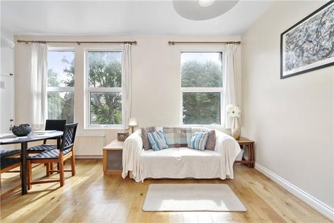 2 bedroom apartment to rent - Coverdale Road, Shepherds Bush, London, W12