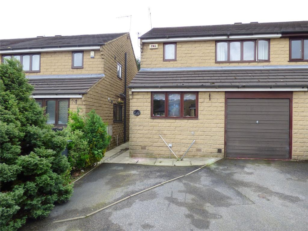 3 Bedrooms Semi Detached House for sale in Vine Street, Cleckheaton, BD19