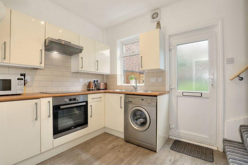 1 Bedroom Terraced House for sale in 54 Valley Road, Meersbrook, Sheffield S8