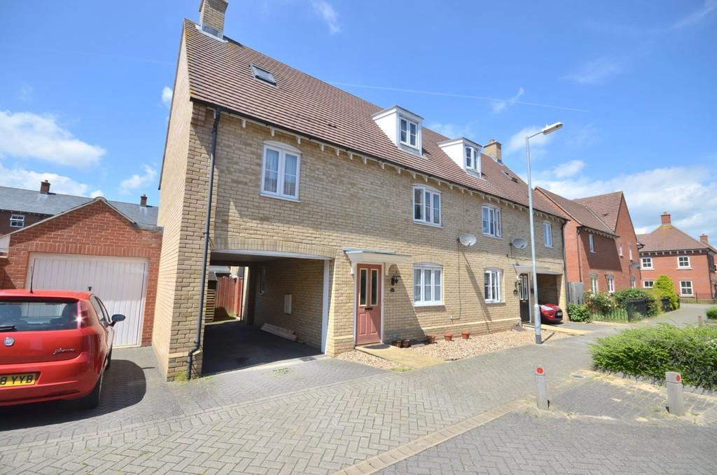 3 Bedrooms Semi Detached House for sale in Valentinus Crescent, Colchester