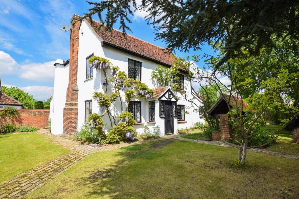 4 Bedrooms Cottage House for sale in Fordham