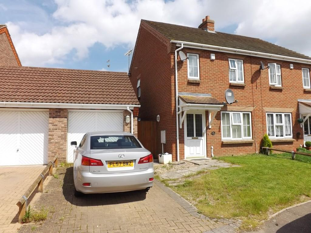 2 Bedrooms Semi Detached House for sale in Holbeach St Marks