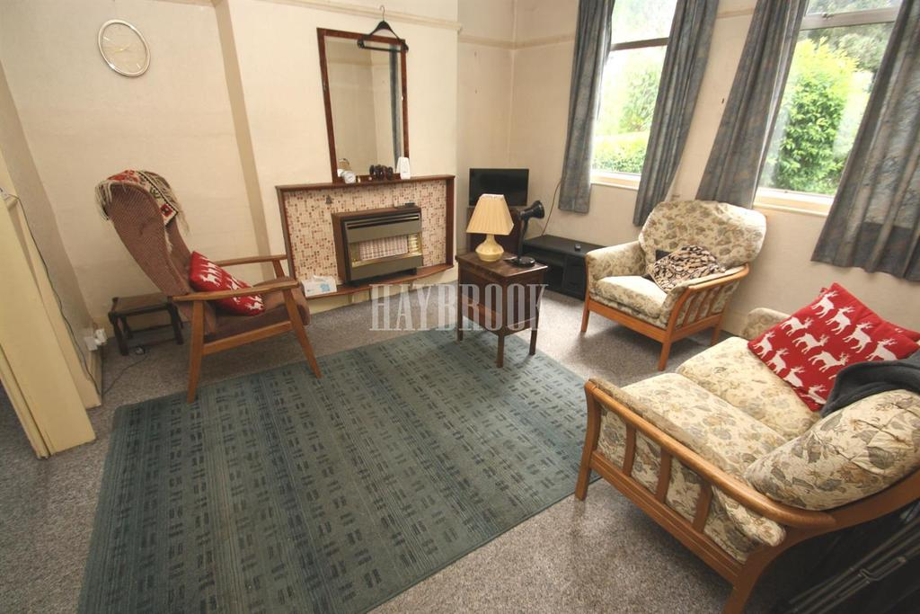 3 Bedrooms Semi Detached House for sale in Prince of Wales Road, Sheffield, S2