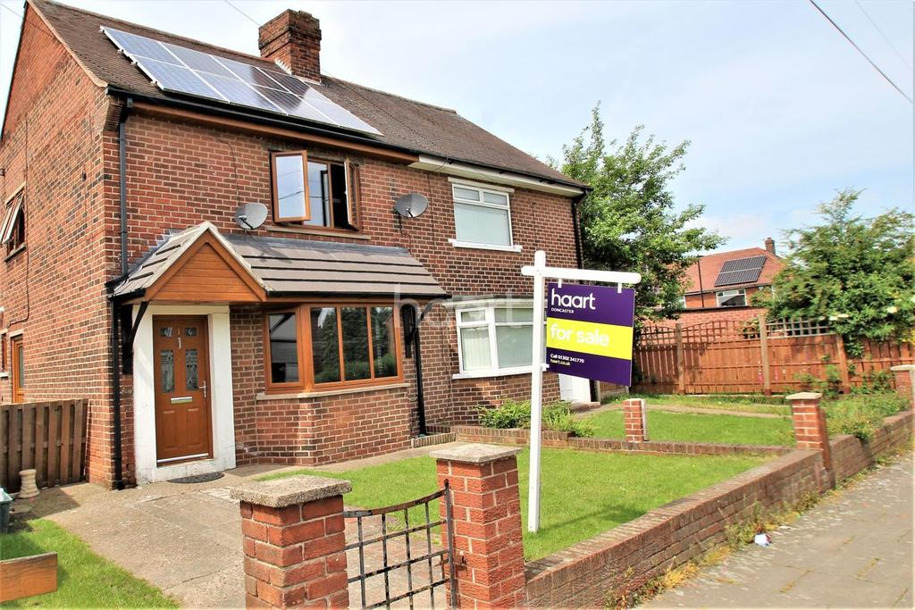 2 Bedrooms Semi Detached House for sale in Longfellow Road, Balby