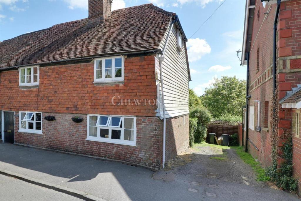 4 Bedrooms Semi Detached House for sale in Rotherfield, East Sussex. TN6