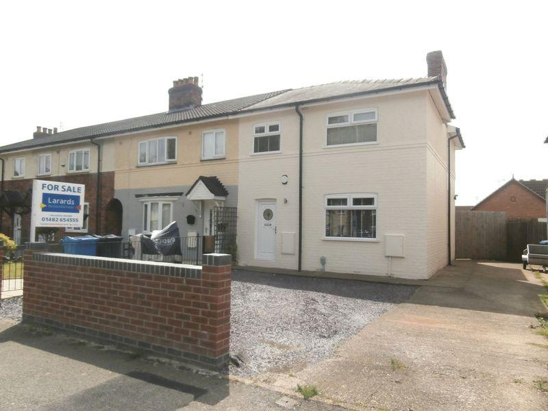 3 Bedrooms Terraced House for sale in Askew Avenue, Hull