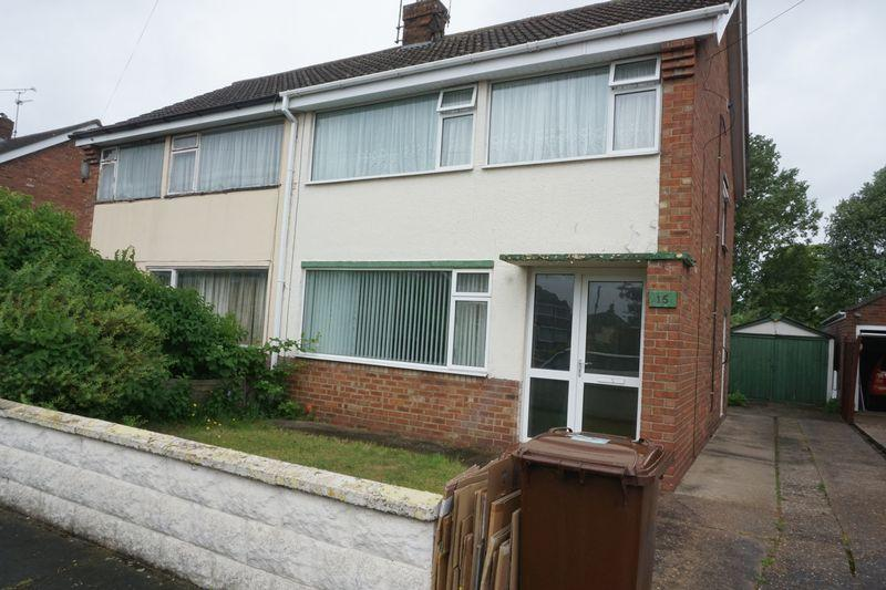 3 Bedrooms Semi Detached House for sale in Southland Drive, Lincoln