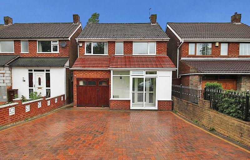 3 Bedrooms Detached House for sale in Ward Grove, Lanesfield, Wolverhampton