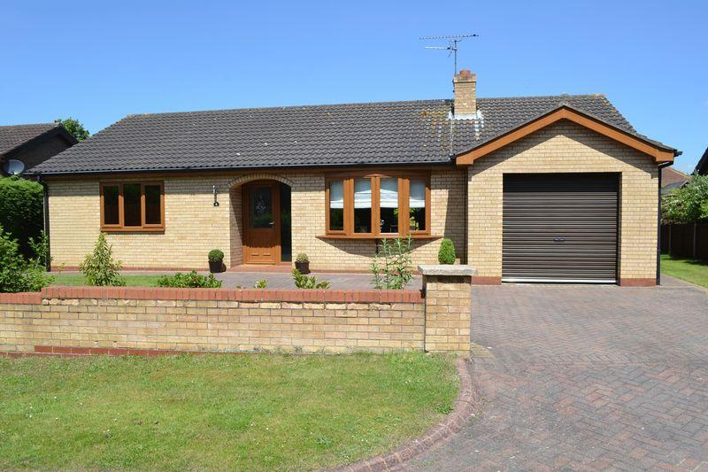 3 Bedrooms Detached Bungalow for sale in Avenue Lourdes, Scunthorpe