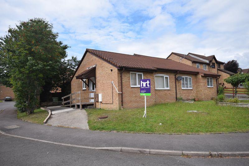 2 Bedrooms Semi Detached Bungalow for sale in Tremains Court, Bridgend