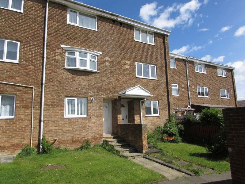 3 Bedrooms Town House for sale in Bromley Gardens, Wallsend - Three Bedroom Town House