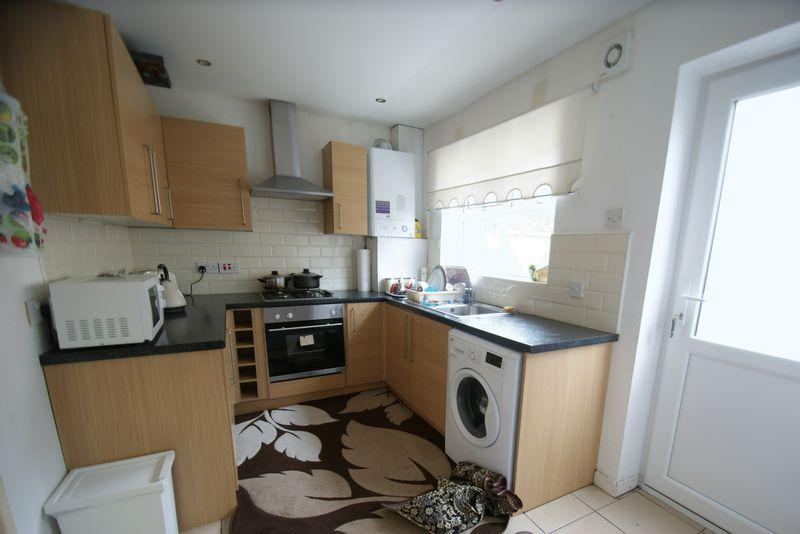 2 Bedrooms Semi Detached House for sale in Silvester Street, Liverpool