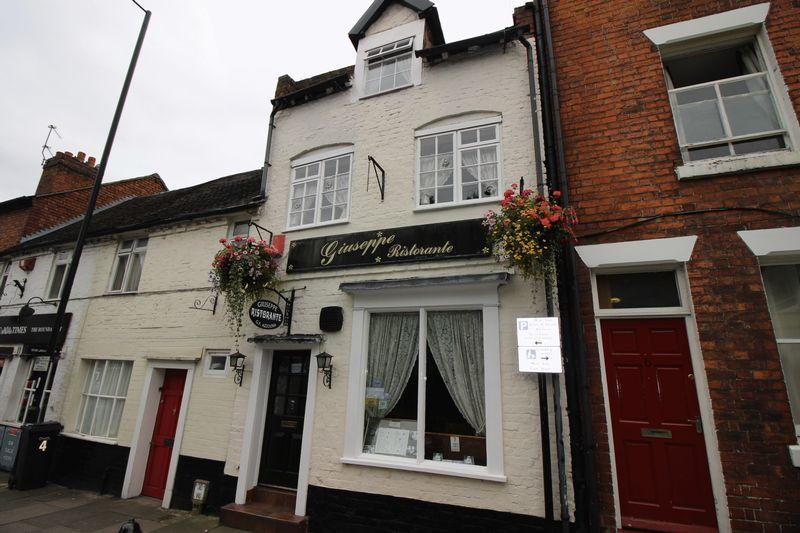 3 Bedrooms Terraced House for sale in 5 New Street, Shrewsbury, SY3 8JN