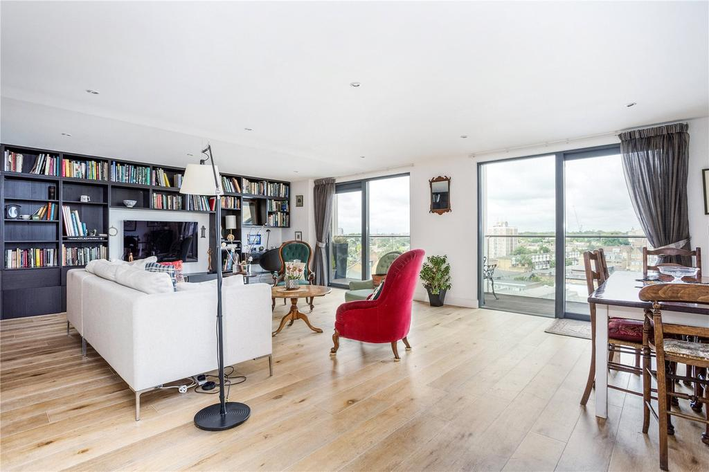 2 Bedrooms Flat for sale in Burke House, Dalston Square, London, E8