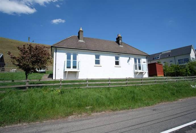 3 Bedrooms Bungalow for sale in Townhead Yarrow, Selkirk, TD7 5LB