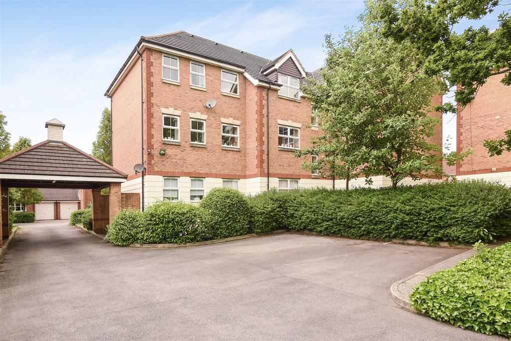 2 Bedrooms Block Of Apartments Flat for sale in Awgar Stone Road, Headington, Oxford