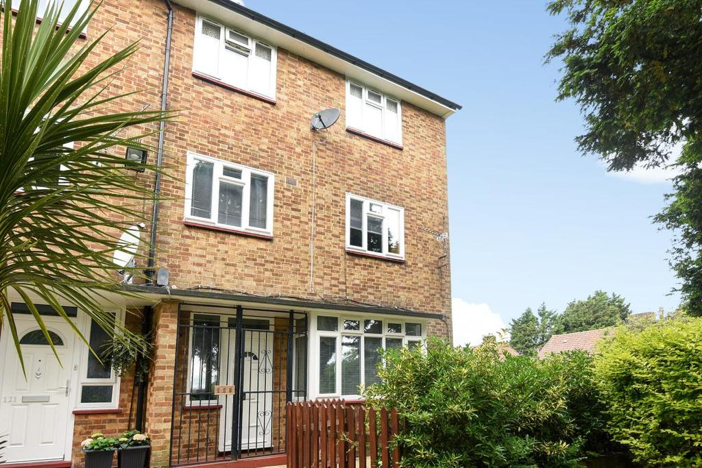 3 Bedrooms Maisonette Flat for sale in Lakeview Road, West Norwood