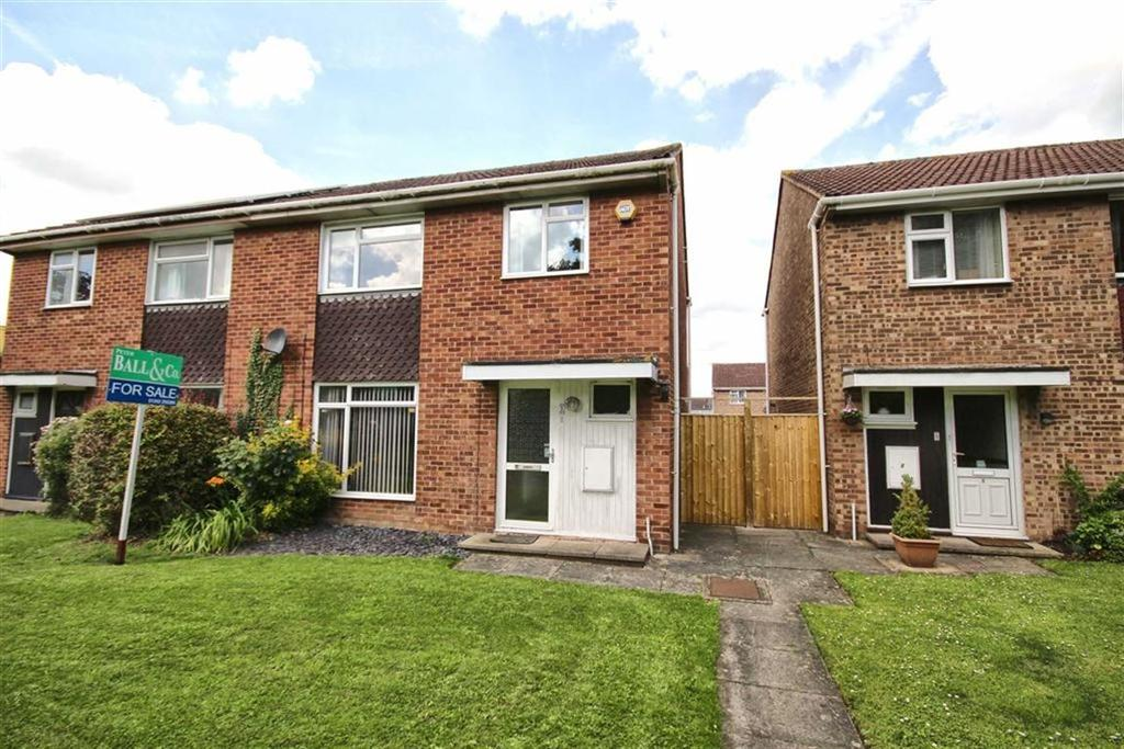 3 Bedrooms Semi Detached House for sale in Frank Brookes Road, Cheltenham, GL51