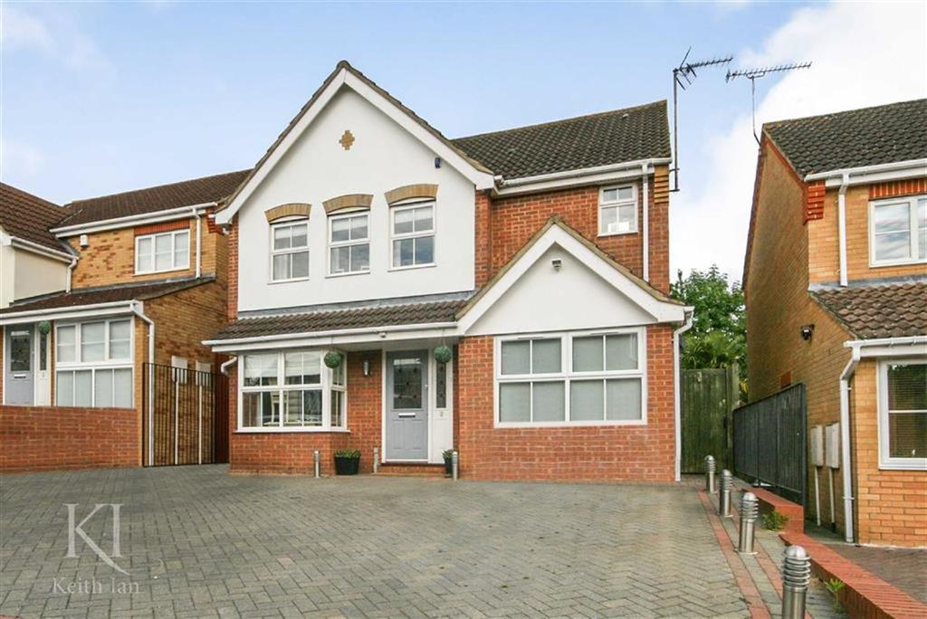 4 Bedrooms Detached House for sale in Wilkinson Close, West Cheshunt
