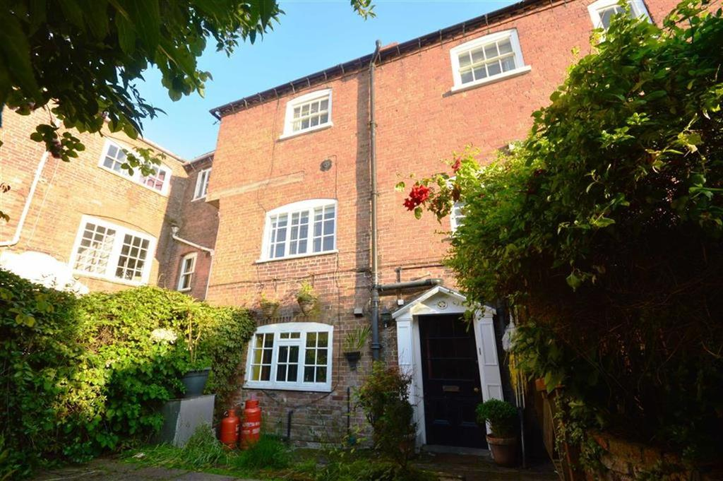 2 Bedrooms Mews House for sale in 2, Library Mews, Leominster, HR6